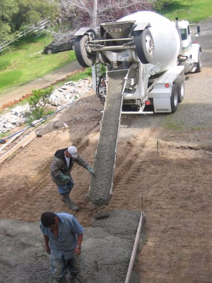 poured concrete driveway contractors stockton