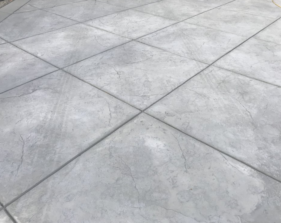 A picture of a stamped concrete driveway in Stockton, California